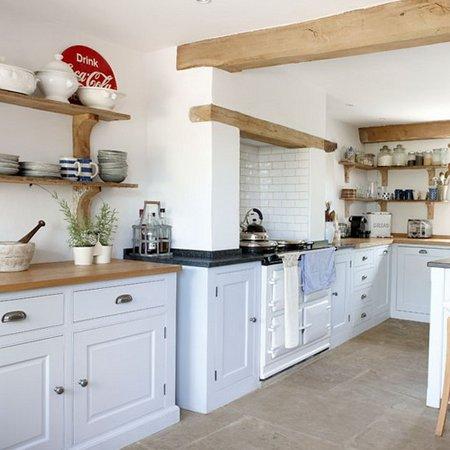 white-kitchen-cabinets2